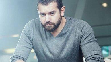 الممثل عمرو يوسف