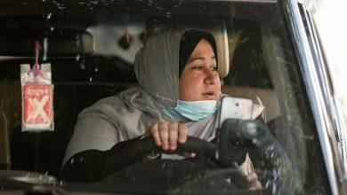 Photo of نائلة ابو جبة أول سائقة سيارة أجرة مخصصة للنساء في غزة