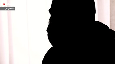 Photo of متعاف من كورونا يروي قصته: الداخل مفقود والخارج مولود (فيديو)
