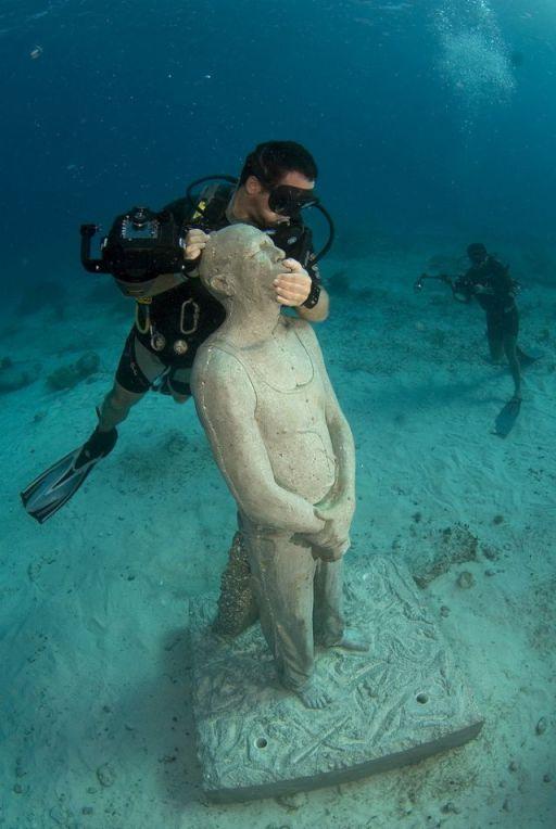 Esculturas bajo el agua en Mexico 3