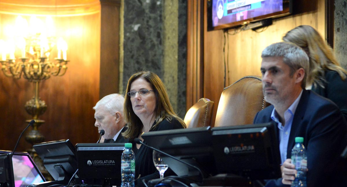 LA LEGISLATURA POR EL TRASPASO