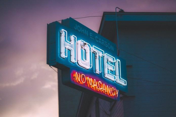 How Are Major Hotel Chain Adopting AI?