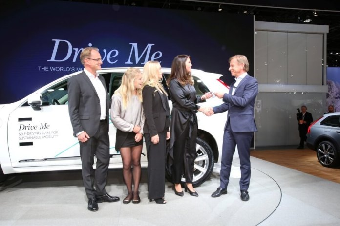 The Hain family, from Gothenburg in Sweden, are the first people chosen to take part in Volvo Drive Me, a real-life autonomous drive research program using real cars, in real traffic.