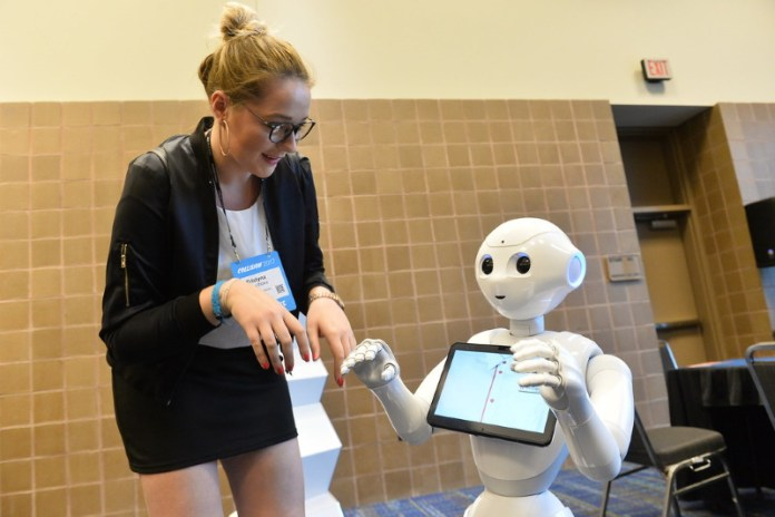 SoftBank telecom operations, of Japan developed Pepper, artificial intelligence in retail