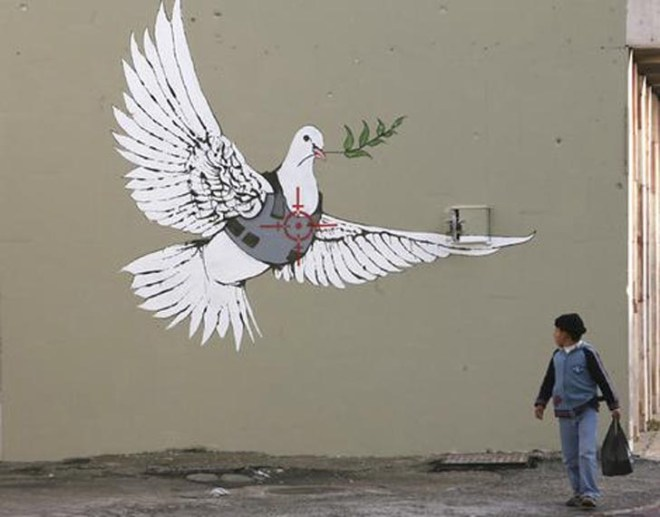 banksy-graffiti-wallpaper-dove-of-peace-for-palestine.jpg