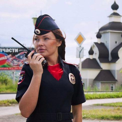 الشرطة النسائية بروسيا