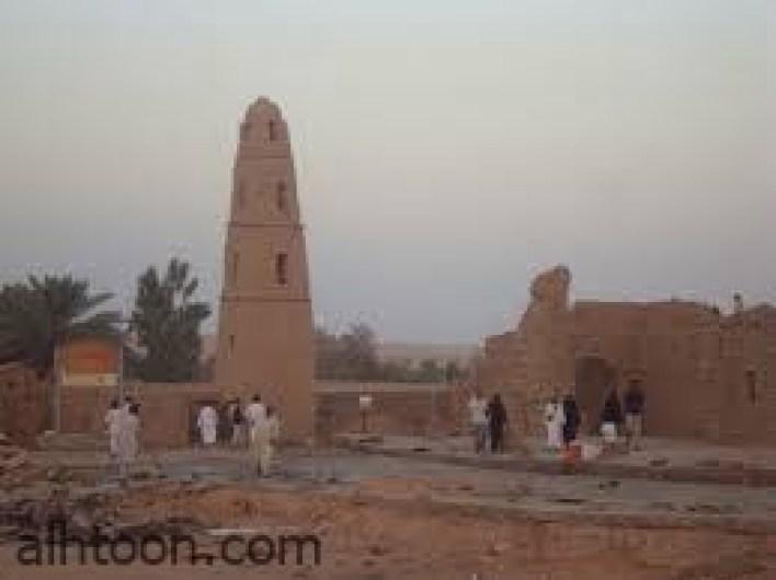 شاهد أقدم مسجد بناه عمر بن الخطاب  -صحيفة هتون الدولية-
