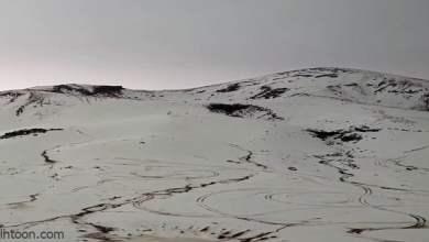 شاهد: جبال حرة بني رشيد تتحول للون الأبيض - صحيفة هتون الدولية