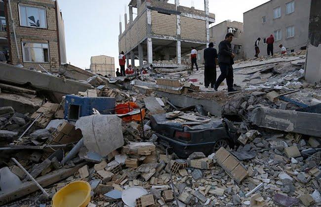 شاهد: زلزال في إيران يتسبب بانهيارات جبلية - صحيفة هتون الدولية