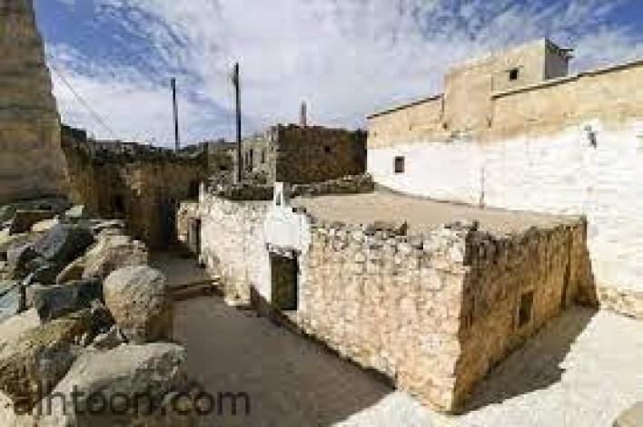 مسجد قرية السرو التاريخي -صحيفة هتون الدولية