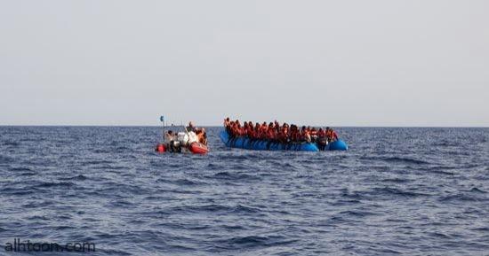شاهد: خفر السواحل تطارد قارب مهاجرين - صحيفة هتون الدولية