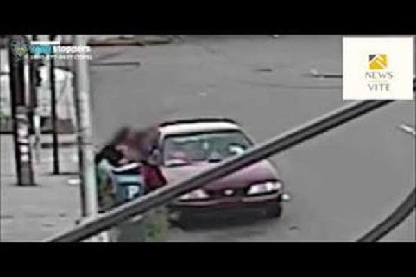 شاهد: أم تنقذ ابنها من الخطف - صحيفة هتون الدولية