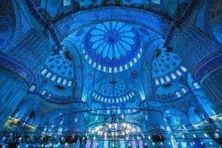 جامع السلطان أحمد ..تحفة من العمارة العثمانية -صحيفة هتون الدولية