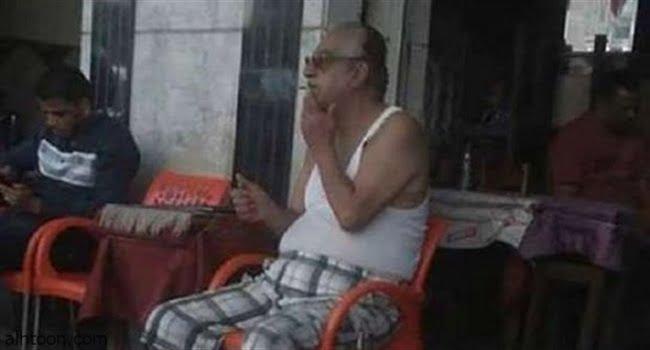 """الراحل """"أحمد راتب"""" بـ""""شبشب وفانلة"""" على قهوة بلدي"""