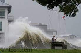 شاهد: إعصار يجتاح مدينة أمريكية ويدمرها - صحيفة هتون الدولية