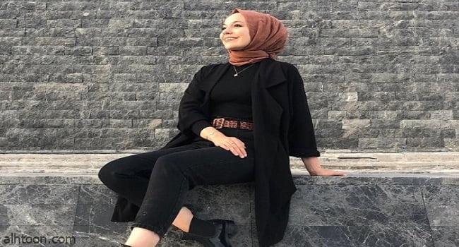 ملابس محجبات باللون الأسود