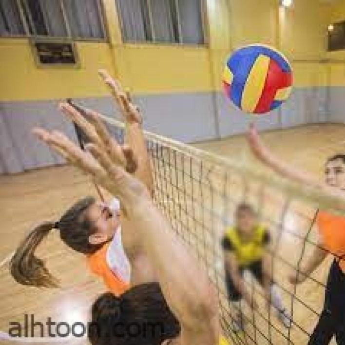 الكرة الطائرة مع الاطفال مهارة ودقة -صحيفة هتون الدولية