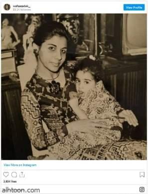 وفاء صادق تنشر صورة وهي طفلة وتسخر من نفسها - صحيفة هتون الدولية