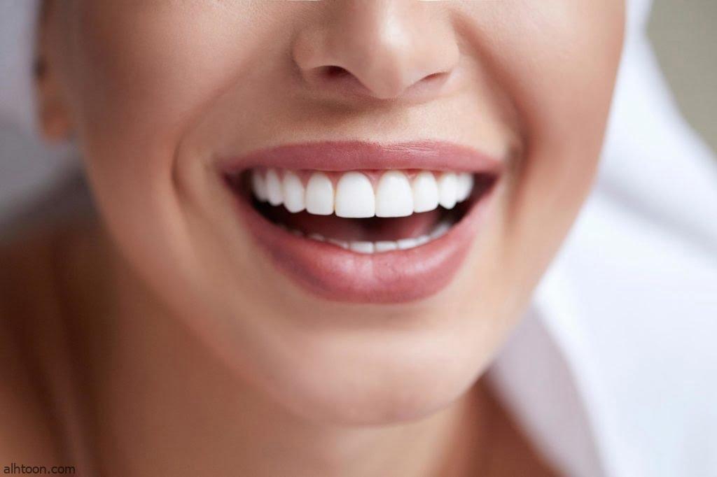 كيفية تنظيف الأسنان بالخيط السني - صحيفة هتون الدولية