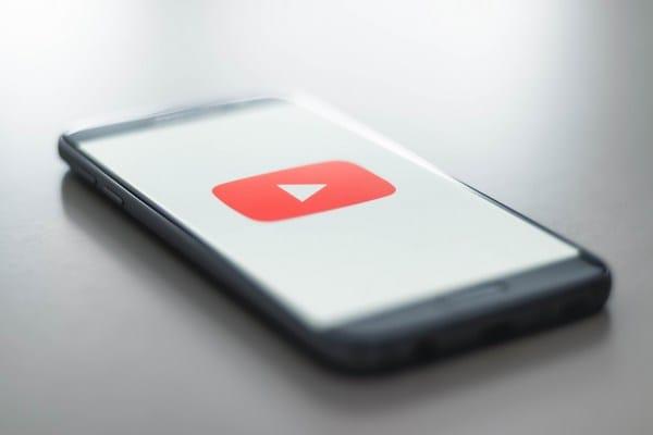 follow-similar-youTube-channels