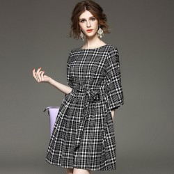 Fasicat-New-Brand-Retro-Women-Plaid-Dress-Lantern-Sleeve-Sashes-Front-A-Line-Pleated-Dresses-Ladies1