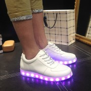 Size-35-46-Hot-8-Color-LED-Luminous-Shoes-Men-Women-Fashion-Casual-Yeezy-Lighted-Glowing6