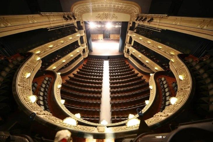El Teatro Principal reprograma los eventos aplazados por la crisis ...