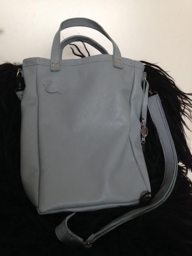 lichtblauwe A4 tas