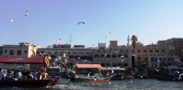 Dhows in motion on the Dubai Creek, Al Bastakiya Area, Dubai: f4; 1/500sec