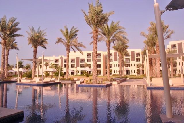 Poolside @ the Park Hyatt - Saadiyat Island Abu Dhabi: f/10; 1/200sec; ISO-100