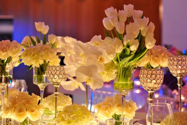 Bridal Show Dubai, Ritz Carlton: Centrepieces: f/2.2; 1/80sec; ISO-400