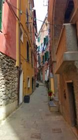 Narrow street to the hotel