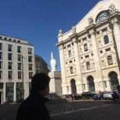 Piazza Affari e L.O.V.E.