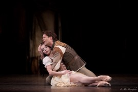 Giselle, Courtesy of ROH 2014, Alice Pennefather