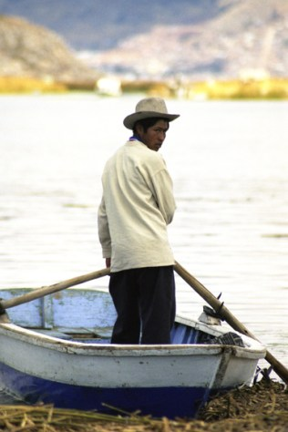 boy-lake-titicacca