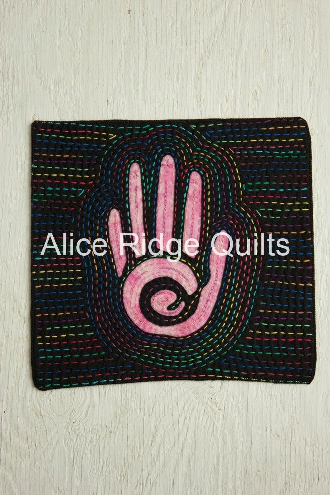 Mock Mola, Zen Hand