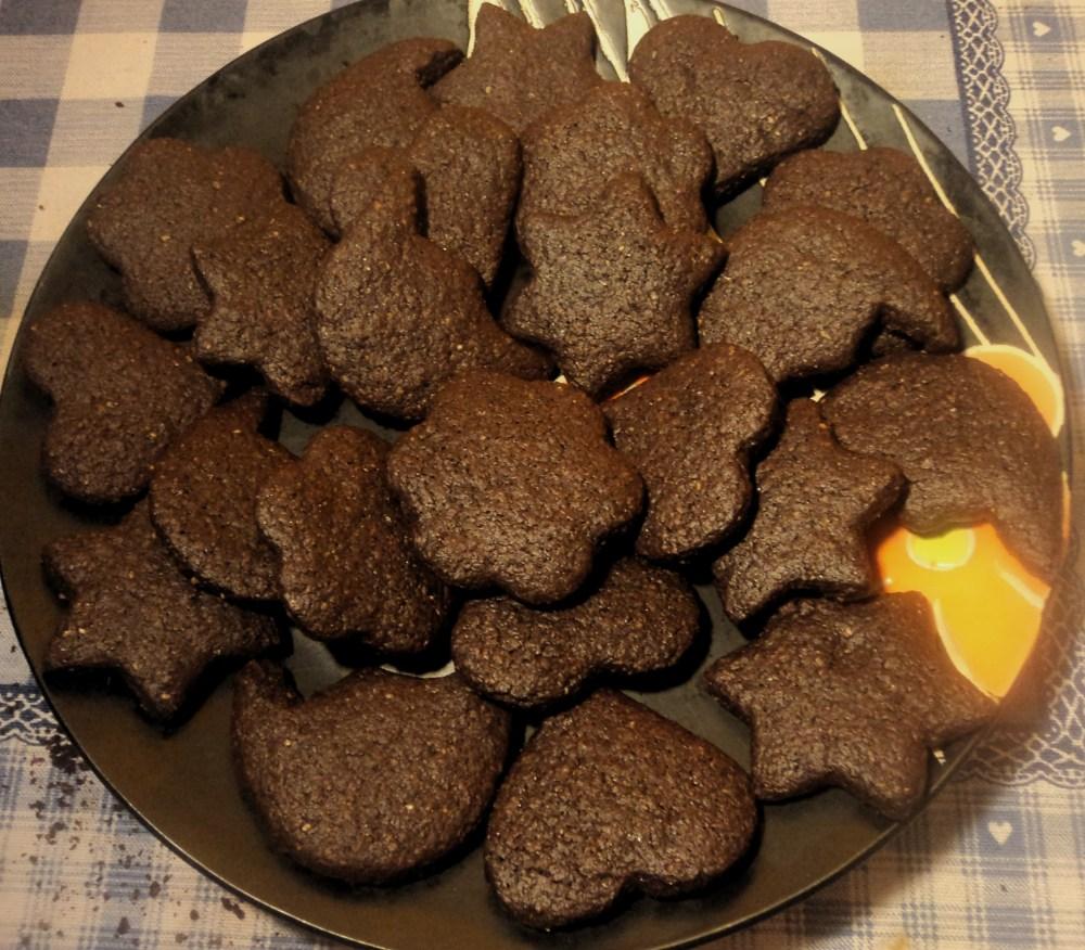 Biscotti integrali al cacao morbidi (3/3)