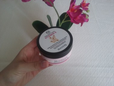 Vitamin E Sleep-in Moisturising Mask