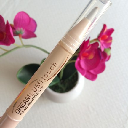 Dream Lumi Touch - Highlighting Concealer, Maybelline