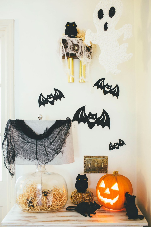 Cute Spooky Halloween Entry Vignette