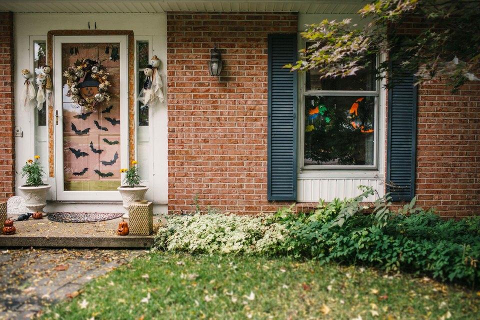 Halloween-Front-Porch-Bat-Front-Door