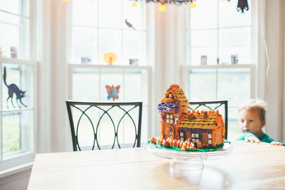 Halloween Graham Cracker Candy House