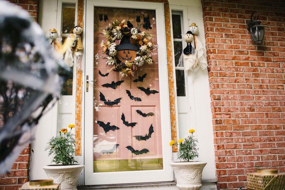 Kid-Friendly-Halloween-Outdoor-Decorating