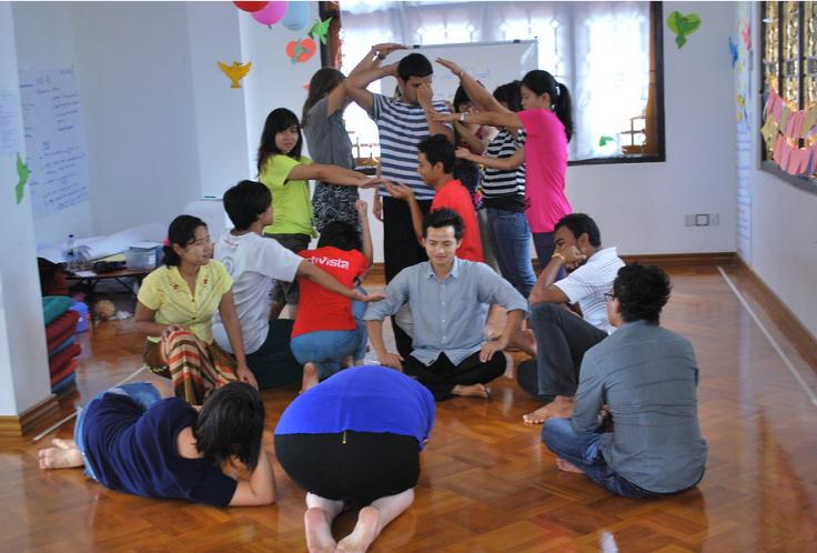 Talleres en Myanmar Art Social ProjeCt