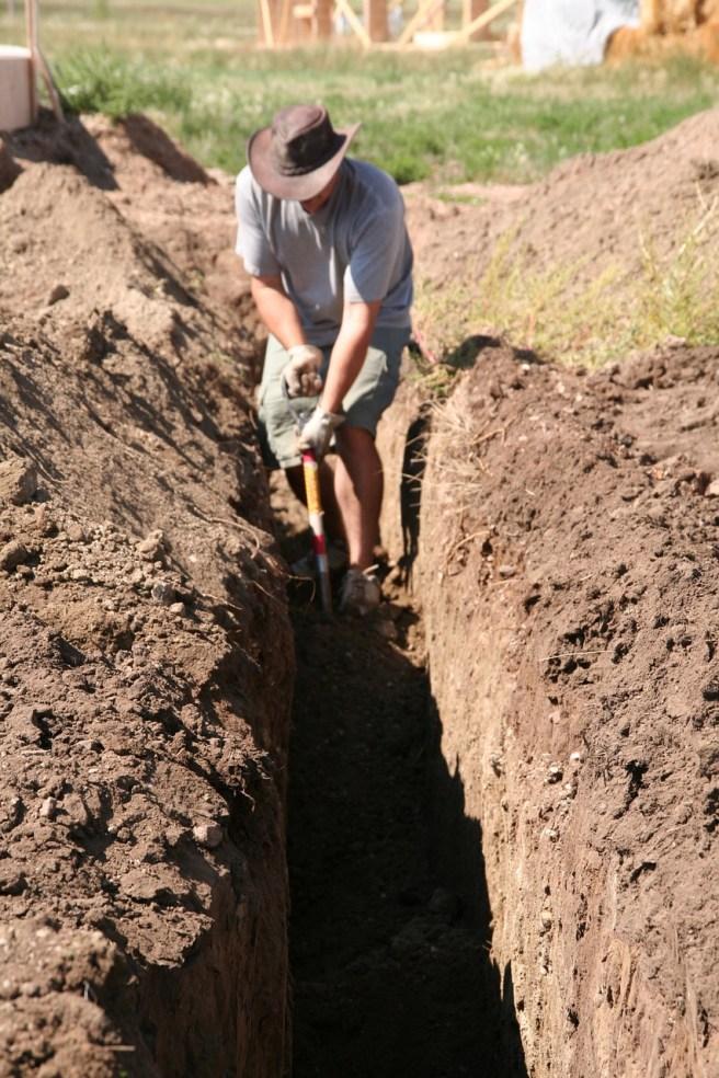 digging-1247586_1280