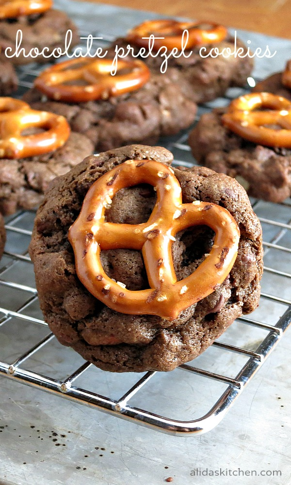 Chocolate Pretzel Cookies | alidaskitchen.com