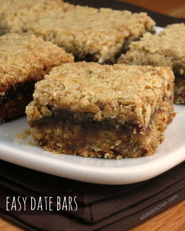 easy date bars | www.alidaskitchen.com |#smartcookie ad