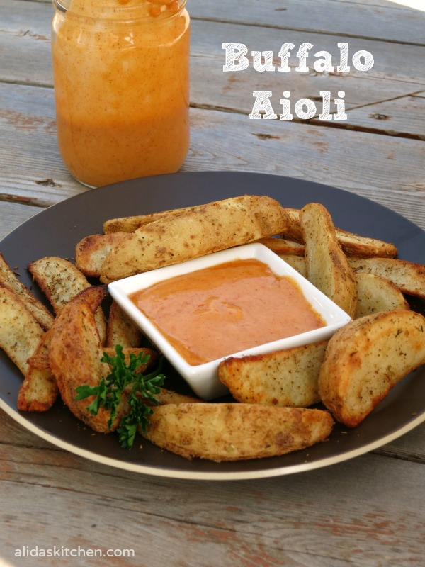 Buffalo Aioli | An easy recipe for buffalo aioli