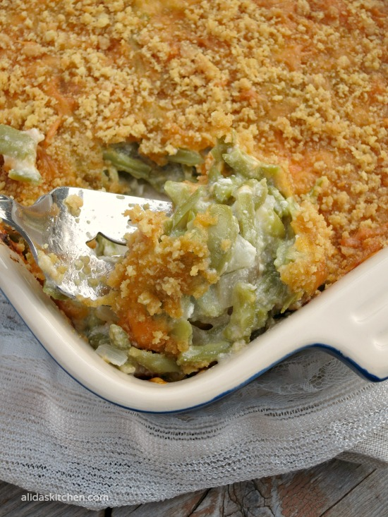 Cheesy Green Bean Casserole | alidaskitchen.com #recipes