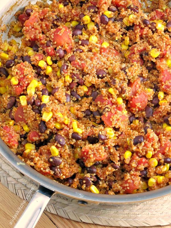 Mexican Quinoa Skillet | alidaskitchen.com